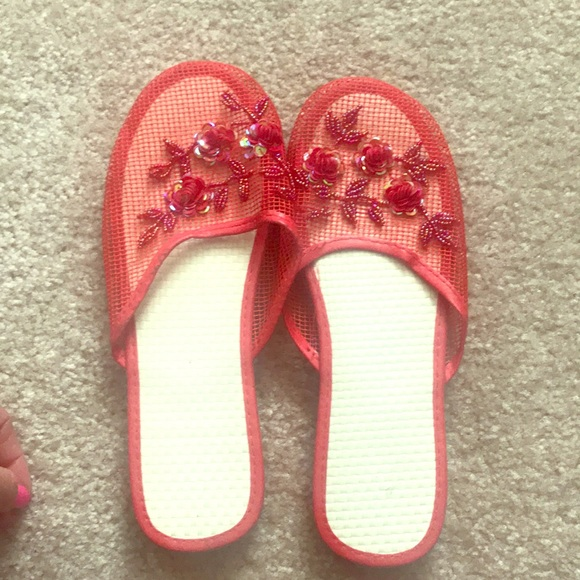 3867586489a Slip on asian flower sandals. M 5aea33a7a44dbe7755802c20